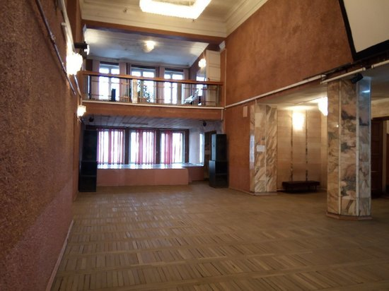 В Вяземском районе в этом году отремонтировали несколько культурных и образовательных учреждений