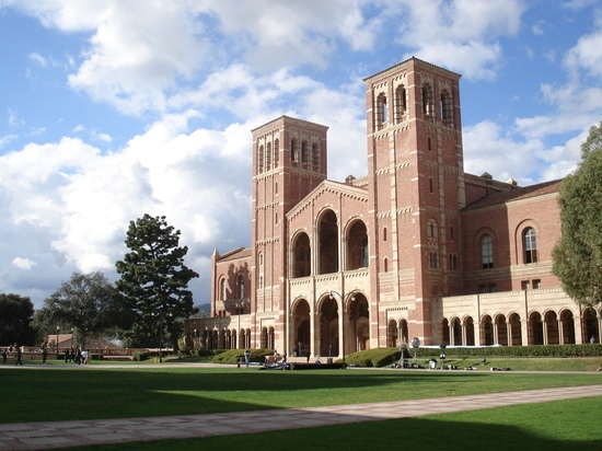 Судья запретил рассматривать результаты теста для приема в калледж калифорнийского университета