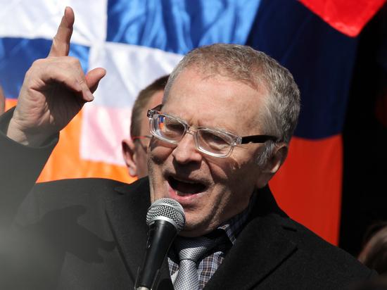 Жириновский предложил провести в Минске 100-тысячный парад русских патриотов
