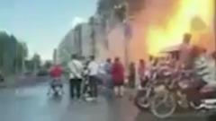 Мощный взрыв газа в китайской гостинице сняли на видео