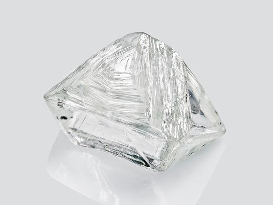 Алмазы начнут синтезировать под Псковом к октябрю