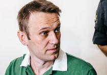 Загадочная история с отравлением Алексея Навального, который сейчас находится под наблюдением врачей немецкой больницы Charite, поставила под угрозу отношения России и Германии