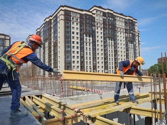 Замминистра строительства задумался о темпах сдачи жилья в Петербурге