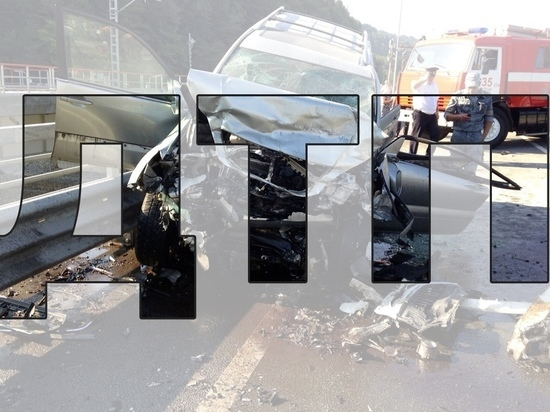 В Угранском районе насмерть сбили 39-летнюю женщину, оказавшуюся на дороге