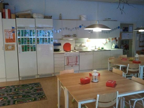 Германия: В Баварии 227 учителей и 1066 школьников отправлены на карантин, закрыто 40 детских садов