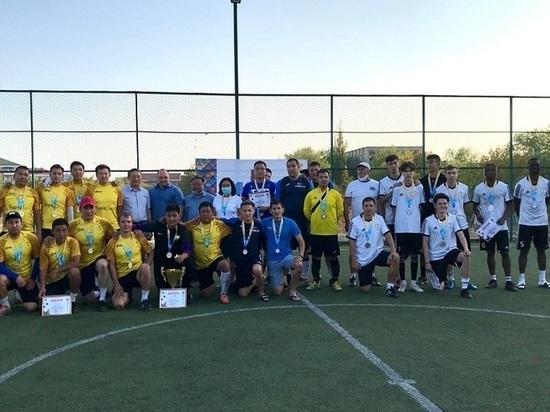 Калмыцкие таксисты завоевали Кубок сити-менеджера по мини-футболу