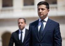 На Украине начался процесс силового свержения президента страны Владимира Зеленского