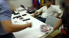 В Новороссийске за взятку задержали депутата городской Думы