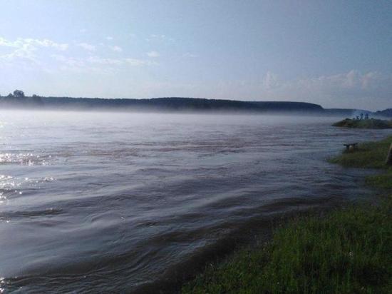 Повышение уровня воды наблюдается на 9 реках Приангарья
