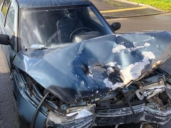 В Карелии 19-летний водитель ВАЗа врезался в автомобиль с пенсионеркой