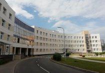 Руководитель инфекционной больницы имен Боткина Денис Гусев считает, что вторая волна COVID-19 еще впереди