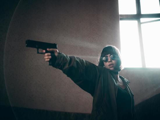 Пьяная жительница Токсово выстрелила в голову сожителю