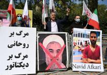 Как бы не просили Международный олимпийский комитет и ряд других организаций помиловать спортсмена-оппозиционера из Ирана, смертный приговор Навиду Афкари был приведен в исполнении. Теперь спортсмены со всего мира требуют, чтобы Иран изгнали из спортивного сообщества.