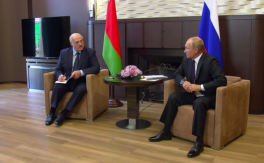 Лица Путина и Лукашенко на сложных переговорах: разговаривали четыре часа