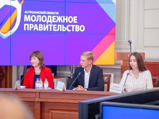 В Астрахани появится «Культурное такси», а общественный транспорт будет «Заряжен культурой»