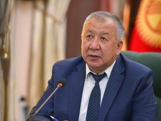 Кыргызстан выпроcил у мирового сообщества почти 1 млрд долларов США