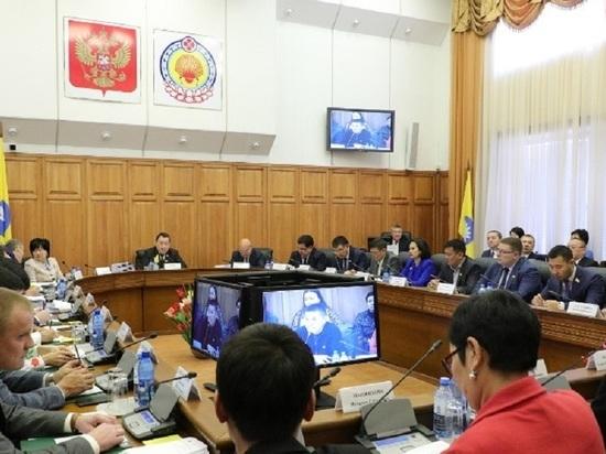 Депутаты калмыцкого парламента просят президента России помочь Калмыкии в борьбе с коронавирусом