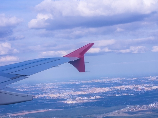 Направлявшийся из Петербурга в Казань самолет подал сигнал тревоги