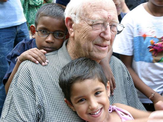 Отец основателя Microsoft Билл Гейтс-старший скончался в США