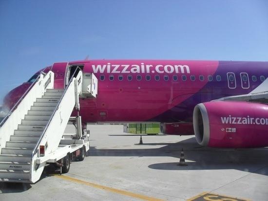 Лоукостер Wizz Air отложил перелеты из Петербурга в Европу