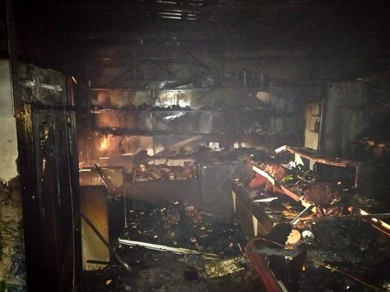 В Кардымовском районе сгорел магазин