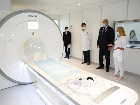 Новый магнитно-резонансный томограф за 79 миллионов рублей появился в кузбасской больнице