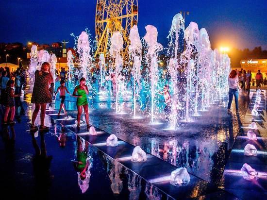 Фонтан на Красной площади Чебоксар готовят к осенне-зимнему периоду