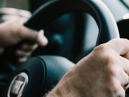 В Хакасии неадекватный автомобилист загремел в спецприемник