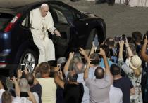 Папа Римский задумался над визитом к Лукашенко