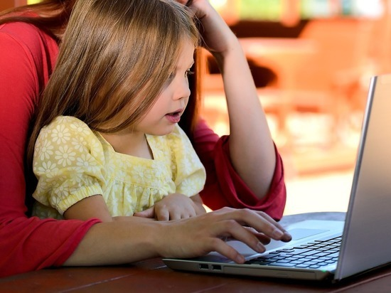 """""""После работы приходится сидеть с сыном практически до ночи, чтобы выполнить все эти задания"""""""