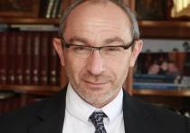 СМИ: мэра Харькова Кернеса увезли лечить от коронавируса за границу