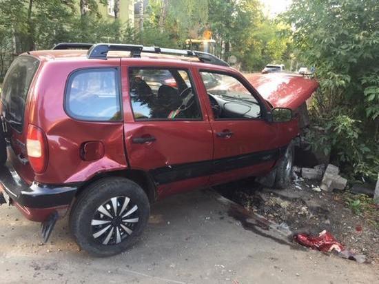 В Твери по вине пьяного водителя придется ремонтировать три автомобиля
