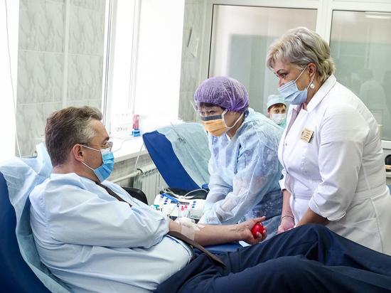 Ставропольский губернатор сдал кровь в День донора