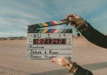 В июне правительство Великобритании разрешило кино- и телеиндустриям вернуться на съемочную площадку