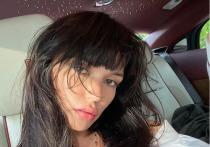 Российская певица и экс-солистка женской поп-группы SEREBRO Ольга Серябкина порадовала поклонников новой фотосессией без бюстгальтера, кадры которой она опубликовала на своей странице в Instagram
