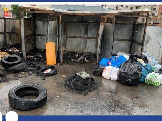 """Враги """"Мехуборки"""" сожгли еще три мусорных бака в Пскове"""