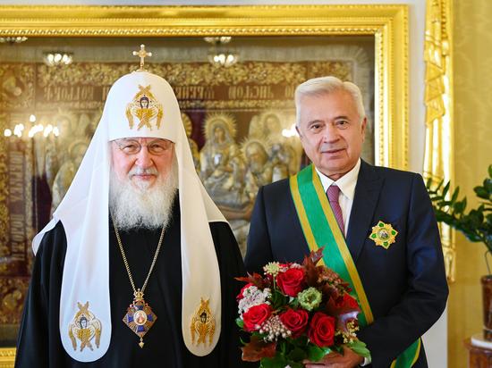 Патриарх Кирилл наградил президента ЛУКОЙЛа главным церковным орденом