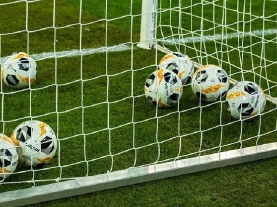 Матч жизни: футболисты соблюдали социальную дистанцию и проиграли 0:37