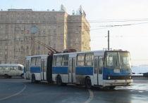 Казалось бы, после рубежного дня 24 августа эпоха троллейбусов в Москве, а вместе с ней и актуальные новости о таких электрических машинах, канули в вечность