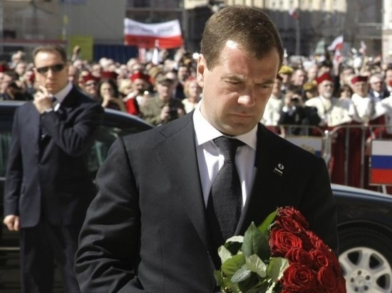 Медведев: арест и выдача Польше россиян невозможны
