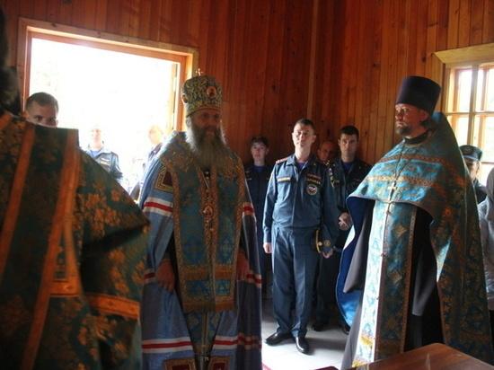 Спасатели МЧС поблагодарили Божью Матерь в Хабаровске