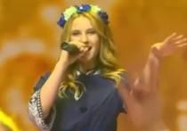 Начинающая белорусская певица Стефания Соколова заявила, что на митинг-концерте в поддержку Александра Лукашенко, состоявшемся минувшим вечером, организаторы выдали за нее неизвестную девушку