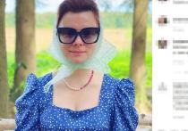 Молодая супруга 75-летнего Евгения Петросяна не выдержала нападок недоброжелателей и начала жестко отвечать на неприятные комментарии в соцсети