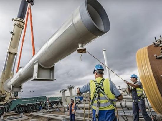 """Премьер-министр Мекленбурга-Передней Померании Мануэла Шлезвиг в ходе выступления в бундестаге ФРГ заявила, что проект """"Северный поток 2"""" закончен уже на 97%"""