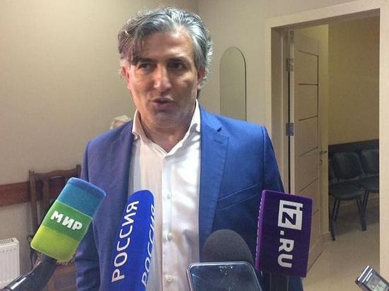 В Северной Осетии решают вопрос о статусе защищавшего актера Михаила Ефремова адвоката