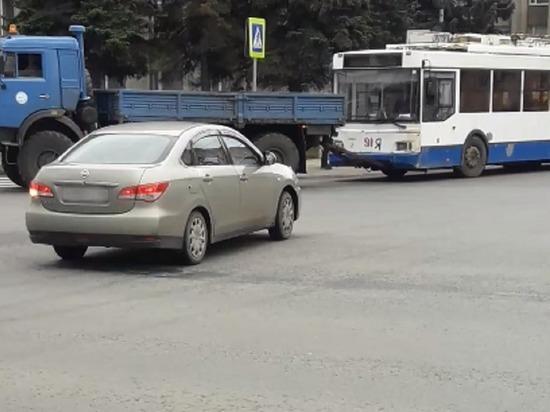 Очередная партия тверских троллейбусов направилась в другой город