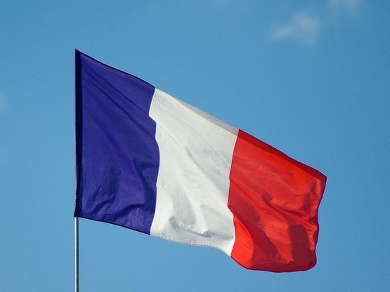 Число новых случаев коронавируса во Франции за сутки составило более 13 215-ти