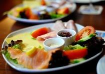 Диетолог Адриана Орос заявила, что для похудения необязательно придерживаться жестких диет