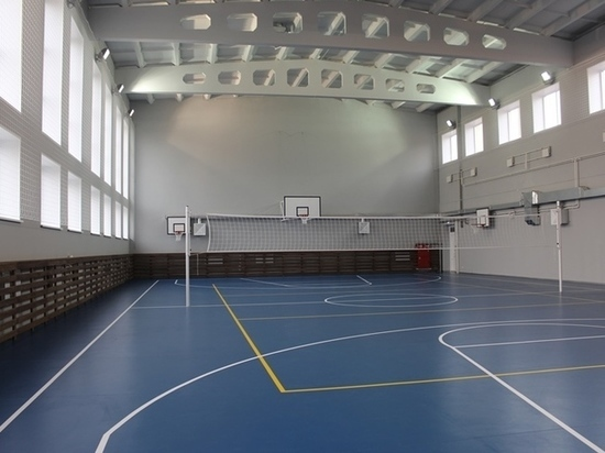 Универсальный спортзал в Абакане построили на 3 месяца раньше