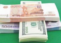 Глава Минэкономразвития Максим Решетников считает, что рубль в данный момент недооценен из-за избыточного восприятия рисков инвесторами, и ожидает возвращения национальной валюты к фундаментально обоснованному уровню в конце этого - начале следующего года